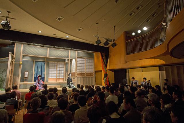 町衆の歌舞伎への熱き思い