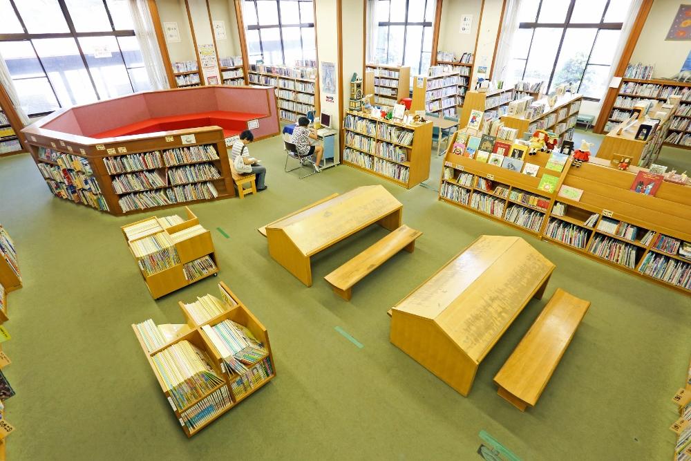 長浜図書館