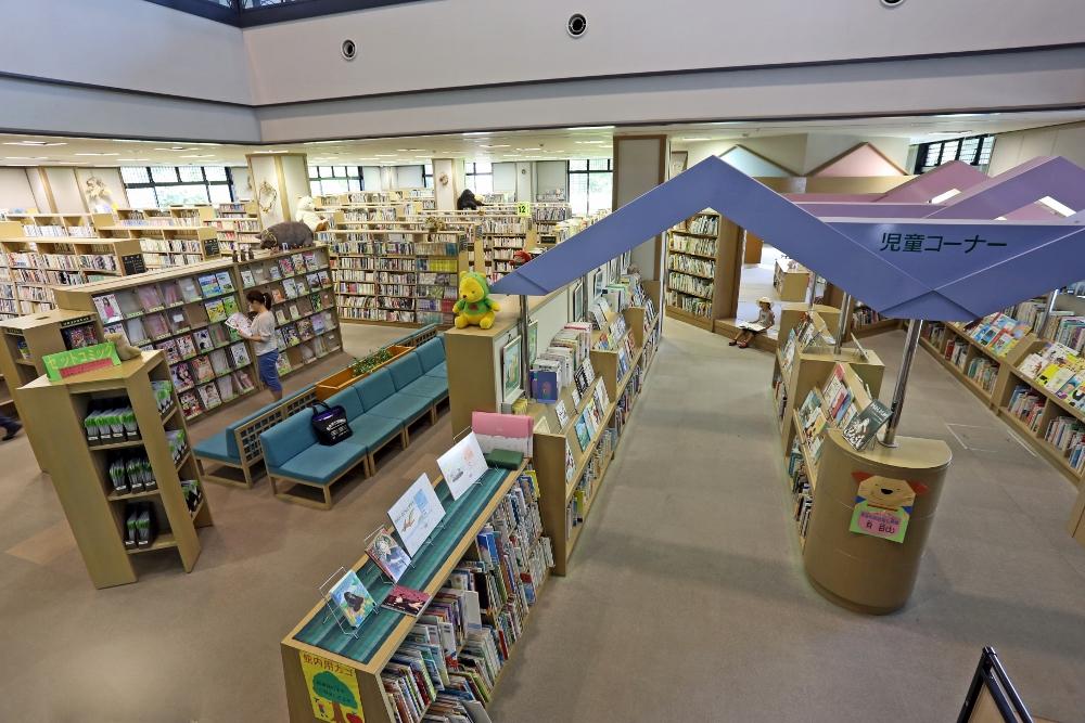 高月図書館