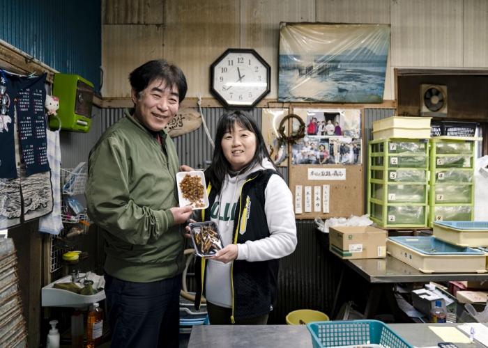 琵琶湖の恵みを飴色に包み込む、魚友商店のはまだき